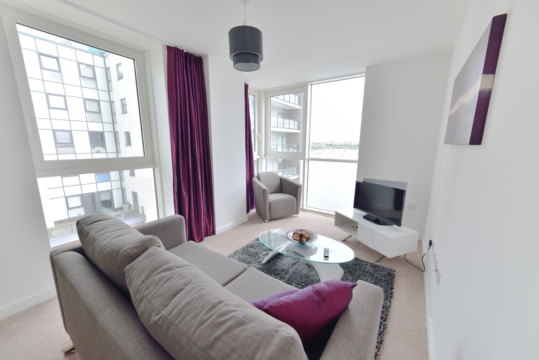 70 Living Room Estate Agents Cardiff Penarth Cardiff Estate Agents Newport Treforest 18